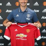 Its official! Zlatan Ibrahimovic is a United player. Details: https://t.co/UPXIIY0IuC #ZlatanTime https://t.co/fXUIsy0sC3