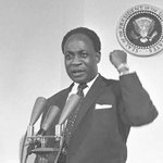 July 1st 1960: Ghana becomes a republic and Kwame Nkrumah becomes its first President. Happy Republic Day Ghana! https://t.co/4M83xkZDCY