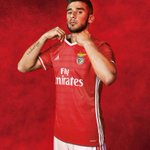 A nova camisola do Benfica. #FirstNeverFollows @adidasfootball @SLBenfica https://t.co/Cofj8Bg8aF