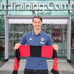 """Mufc: """"Ibrahimovic should we announce you on Instagram?""""Ibrahimovic: """"no am bigger than you so """"i will announce you"""" https://t.co/pnVrd9FGQY"""