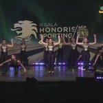 Momento de ginástica na #GalaHonoris #ParabénsSporting https://t.co/AFY2YkvBGW