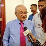 #JustIn: Pres @maumoonagayoom declined to comment when Sangu TV asked him whether he endorses Umar Naseer for 2018. https://t.co/MZVfdMcGxp