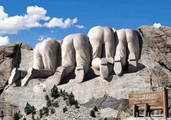 I've never seen the back side of Mt. Rushmore before. https://t.co/hQdzxjTDPY