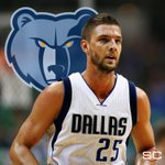 Chandler Parsons agrees to a 4-year max contract w/ Grizzlies worth a projected $94.8 million. (via @espn_macmahon) https://t.co/GilKTutlyK
