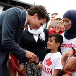 .@JustinTrudeau leads #CanadaDay celebrations in Ottawa w/ message of kindness and respect https://t.co/yRD2SjEdiy https://t.co/K6MZFdoEjF
