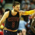 Matthew Dellavedova agrees to four-year, $38 million deal with the Bucks, per @ZachLowe_NBA https://t.co/ajoVUKFbV8