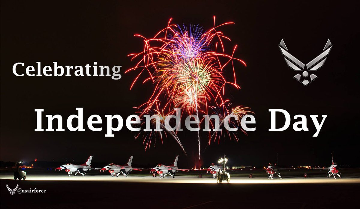 Happy 4th of July, from the U.S. Air Force. #Airmen celebrating #America https://t.co/qNyHKinY1C