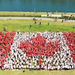 #YYC, here is your 2016 Living National Flag of Canada made up of more than 2500 participants! #OCanadaYYC https://t.co/PnbWp3P8YL