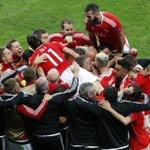 Che favola! Che cuore! Contro il ranking, contro i bimbiminkia tatuati del #Belgio! Grande #Galles! #GallesBelgio https://t.co/8YMfeuEJb0