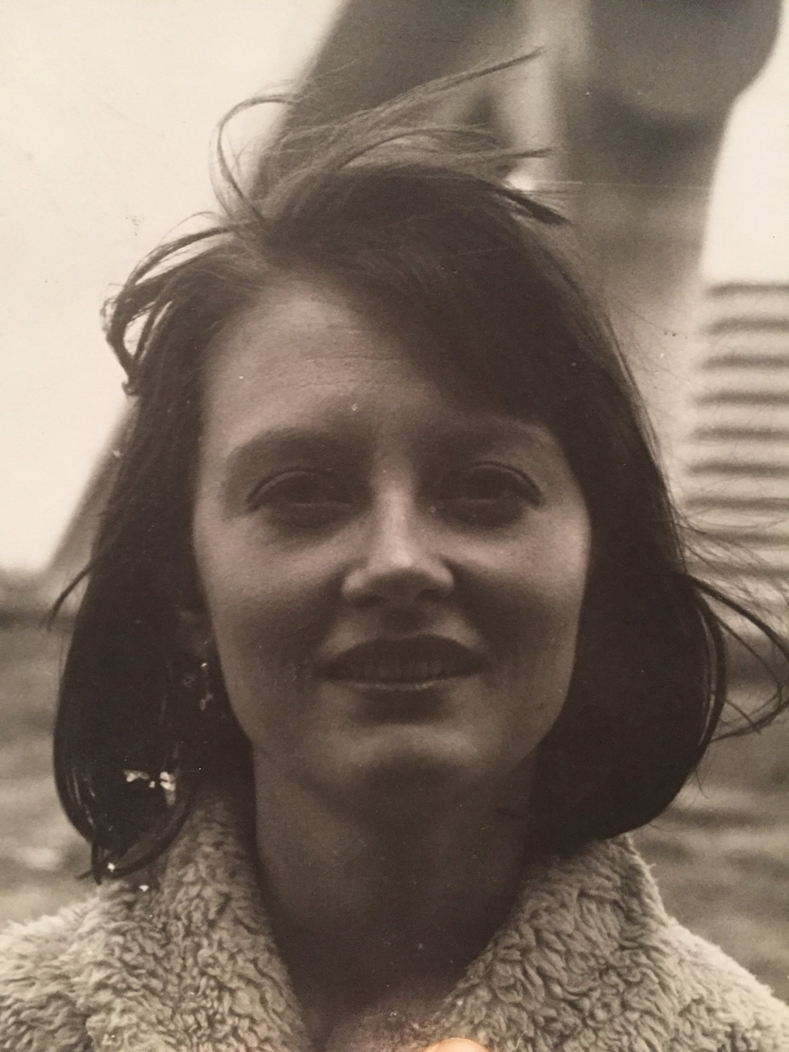 My beautiful mother. Who always reminds me a bit of @SusanSarandon https://t.co/9ipJSdloTV