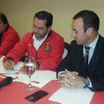 Galo Cárdenas firma convenio con Hotel Oro Verde. Será la nueva casa del @DCuencaOficial . https://t.co/RFLViUcIvF