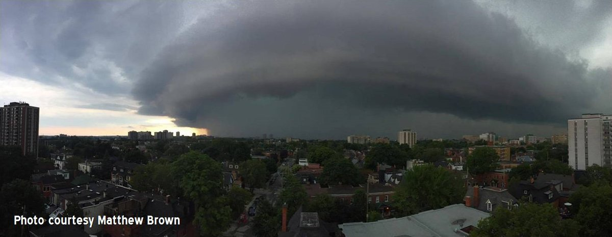 Easily the most amazing photo of yesterday's #CanadaDay storm in #Ottawa. Courtesy Matthew Brown #onstorm #ottcity https://t.co/edIWLCjG0H