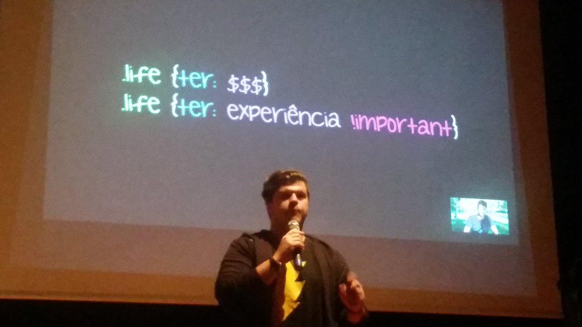 Quando possível, opte p/ experiência, é o q permite atingir objetivos. Freela é retorno a curto prazo #frontinsampa https://t.co/9XRhM6xkN8