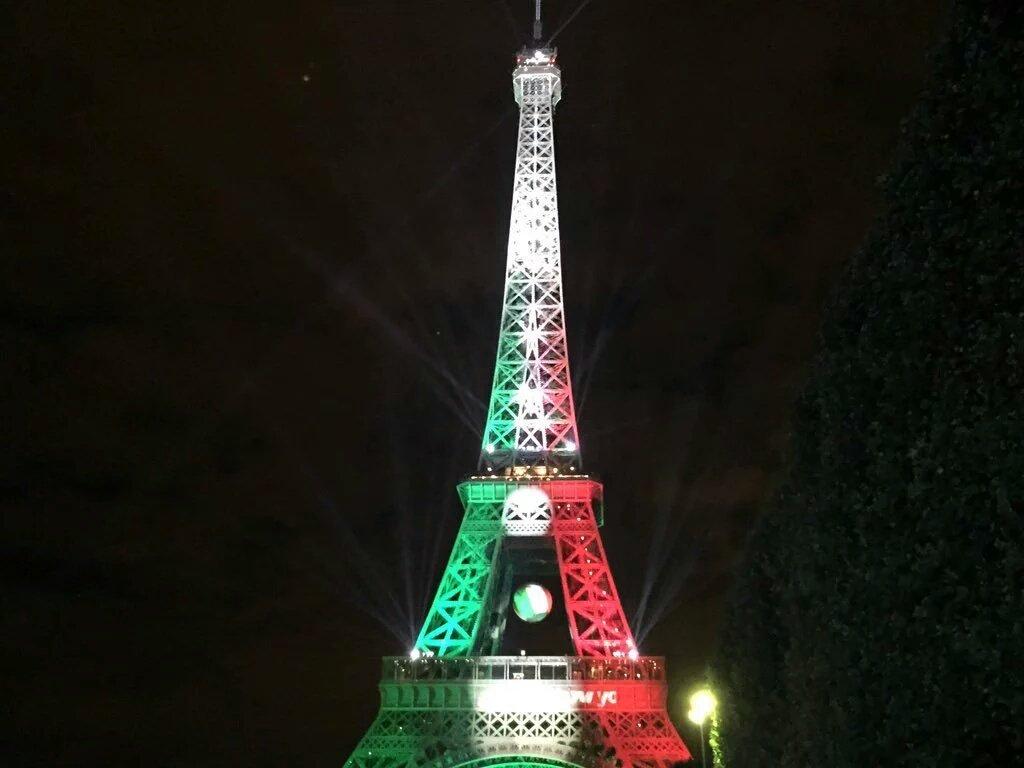 La tour eiffel aux couleurs de l 39 italie ce soir ita - Couleur de la tour eiffel ...