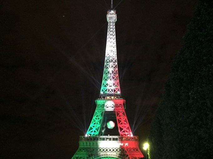 Euro2016 la tour eiffel aux couleurs du portugal - Couleur de la tour eiffel ...