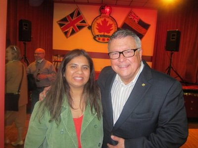 And here's Canada's public safety minister hanging out with Hamas supporter Saima Jamal https://t.co/qtDEgNupAy