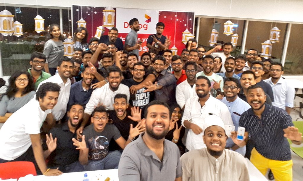 Once again, another successful #TweepsIftar, thanks to the amazing team & sponsors: @dialoglk & @PaanPaanLK #Ramadan https://t.co/nhnCA9ZoyC