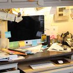 Dirty workplace affects the brain