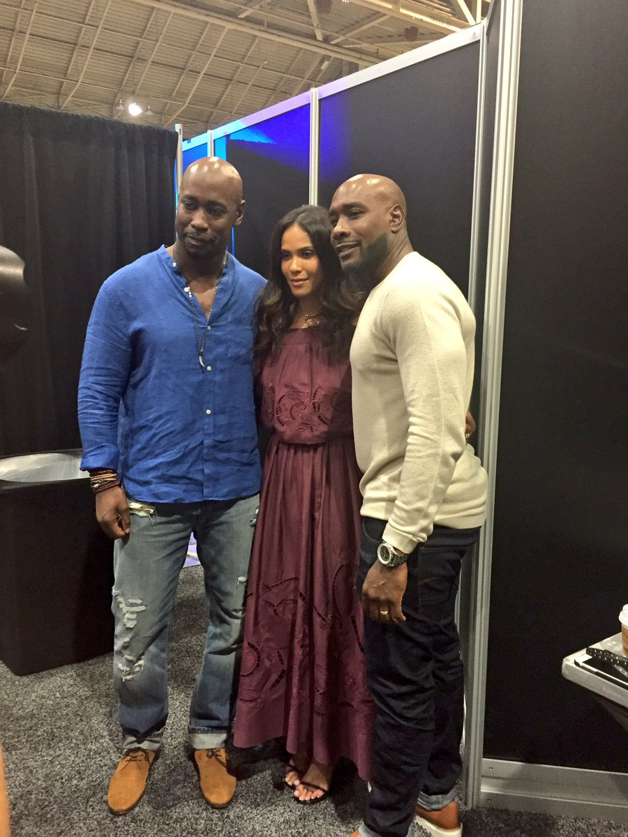You're welcome, ladies! @Morris_Chestnut @TheReal_Db & Lesley-Ann Brandt pose at #EssenceFest https://t.co/jbgukJ0vKK