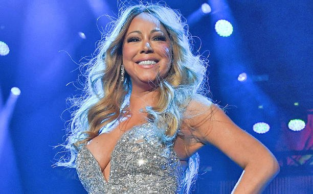 Mariah Carey glitters in debut EssenceFest performance: