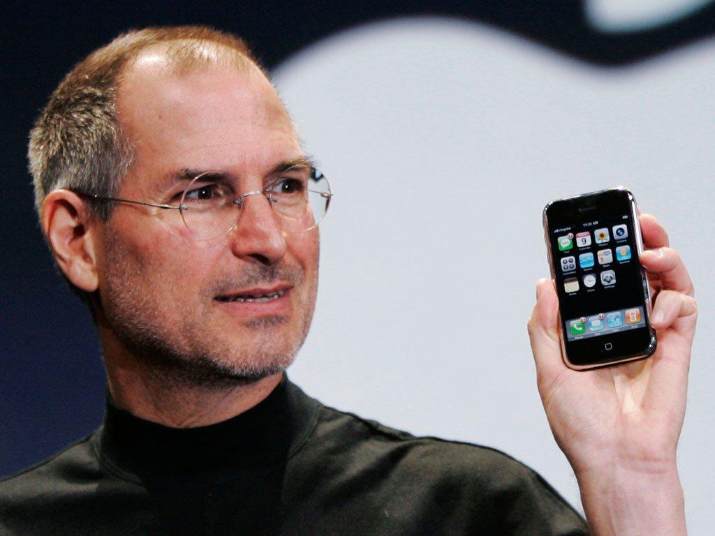 Un video onora la memoria di uno Steve Jobs che 'perde lapazienza' https://t.co/tfnJslg4LL https://t.co/JfFe3jxG89
