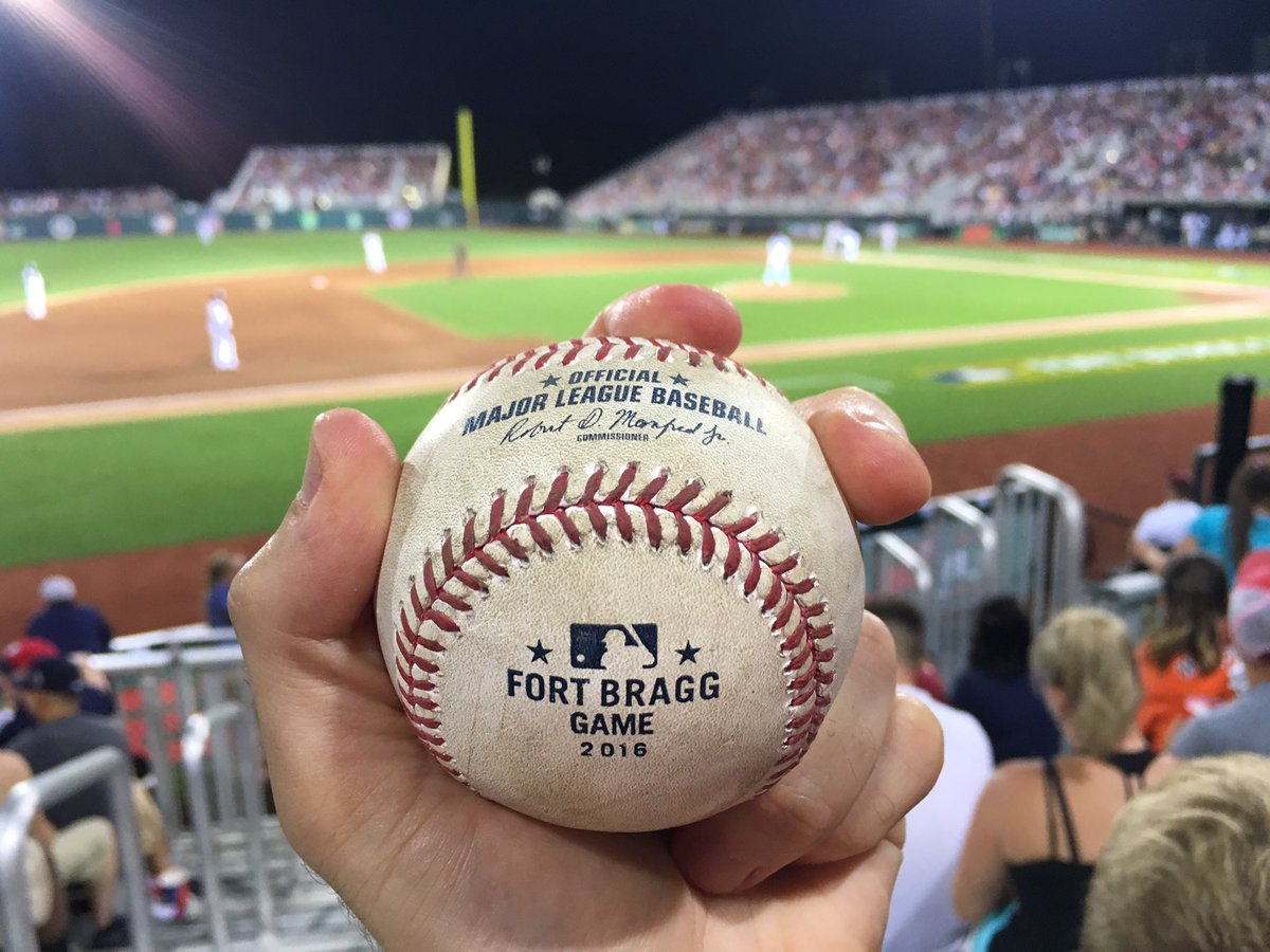 Fort Bragg commemorative baseballs? Oh yes! Martin Prado just tossed this to me after the 3rd inning. https://t.co/OQoGJfExbR