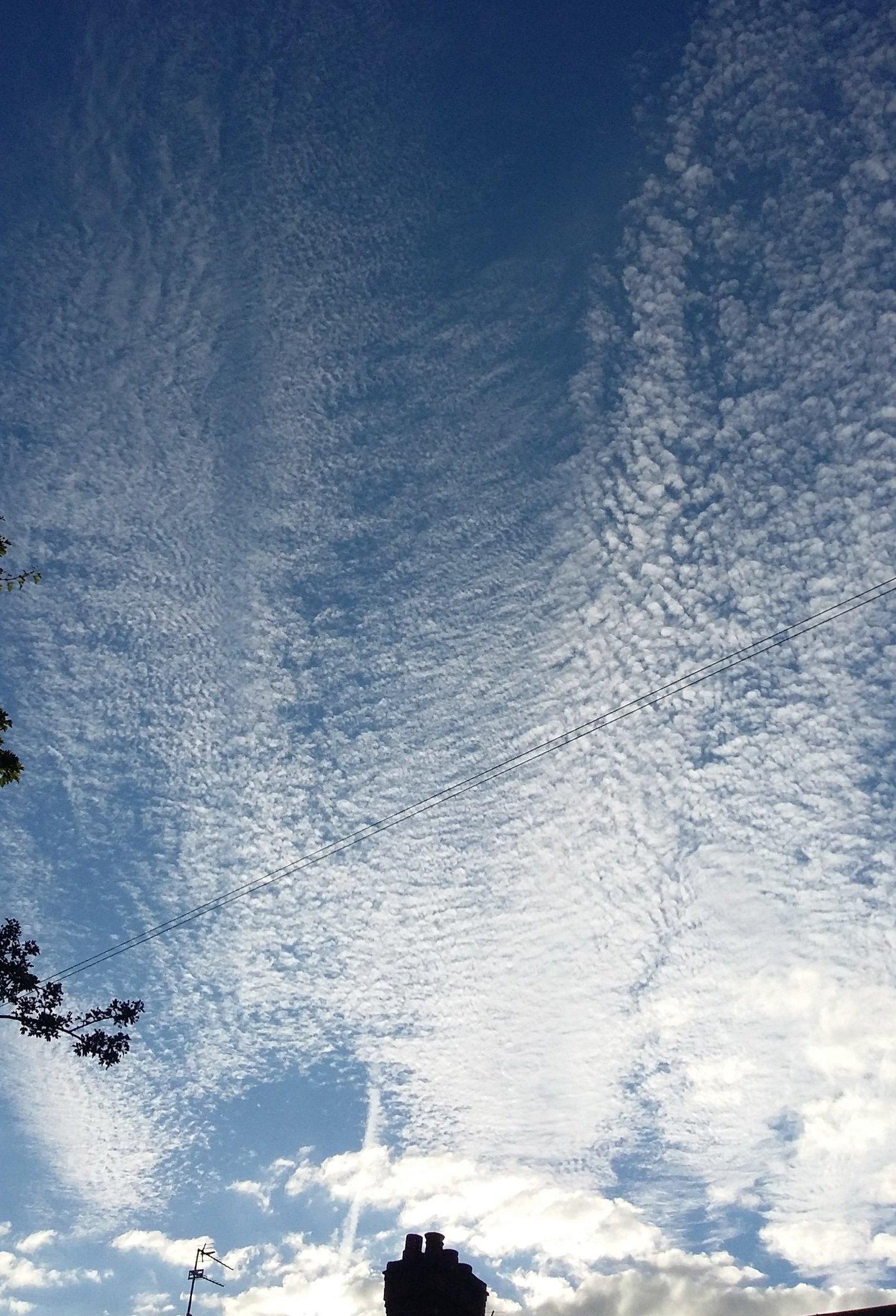 @CloudAppSoc the sky this evening in #AlderleyEdge #Cheshire https://t.co/IraErtE3uq