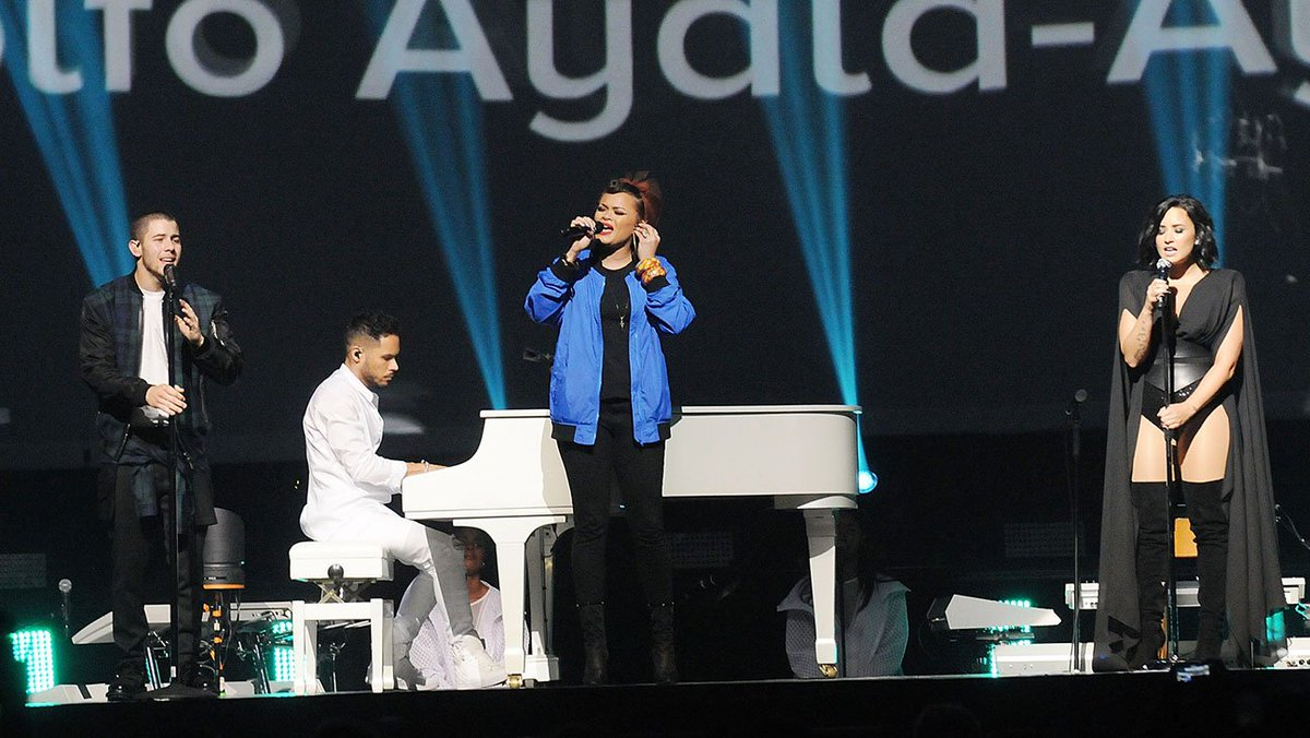 Demi Lovato, Nick Jonas Pay Tribute to Orlando Shooting Victims in Concert With Andra Day
