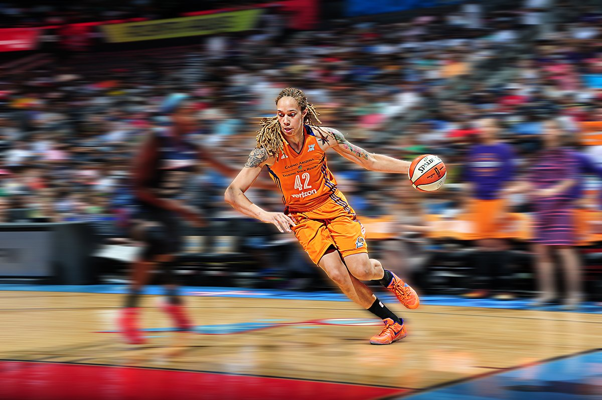 HISTORY!  @brittneygriner (27 Pts, 10 Blk, 10 Reb) records the 6th triple-double in @WNBA history. https://t.co/2tifgX9tlj
