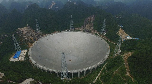 China completes world's largest radio telescope, the hunt for alien life will begin soon https://t.co/TH9mX5tv0l https://t.co/5rfDk2LP09