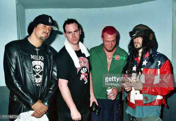 happy 4th of July! here's a pic of gene simmons, greg, scott weiland and rob zombie from a 1993 rock for choice show https://t.co/Hv15sK1lJp