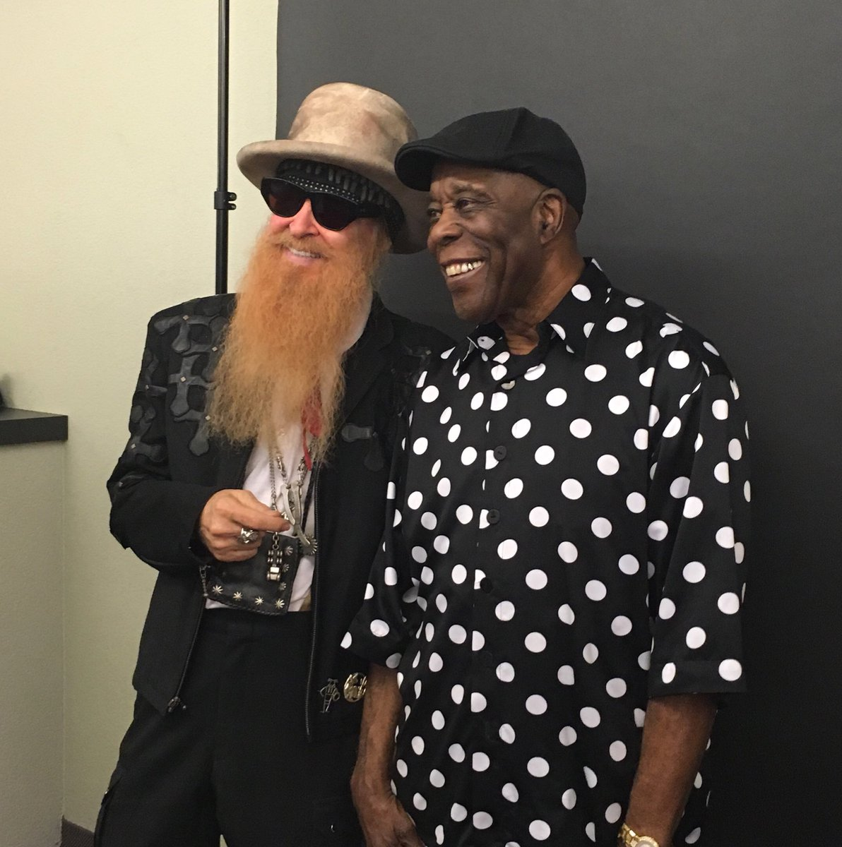 Picture time for @TheRealBuddyGuy and Billy Gibbons @ZZTop before going on stage tonight at the #MJF50 https://t.co/uxQcEpUysa