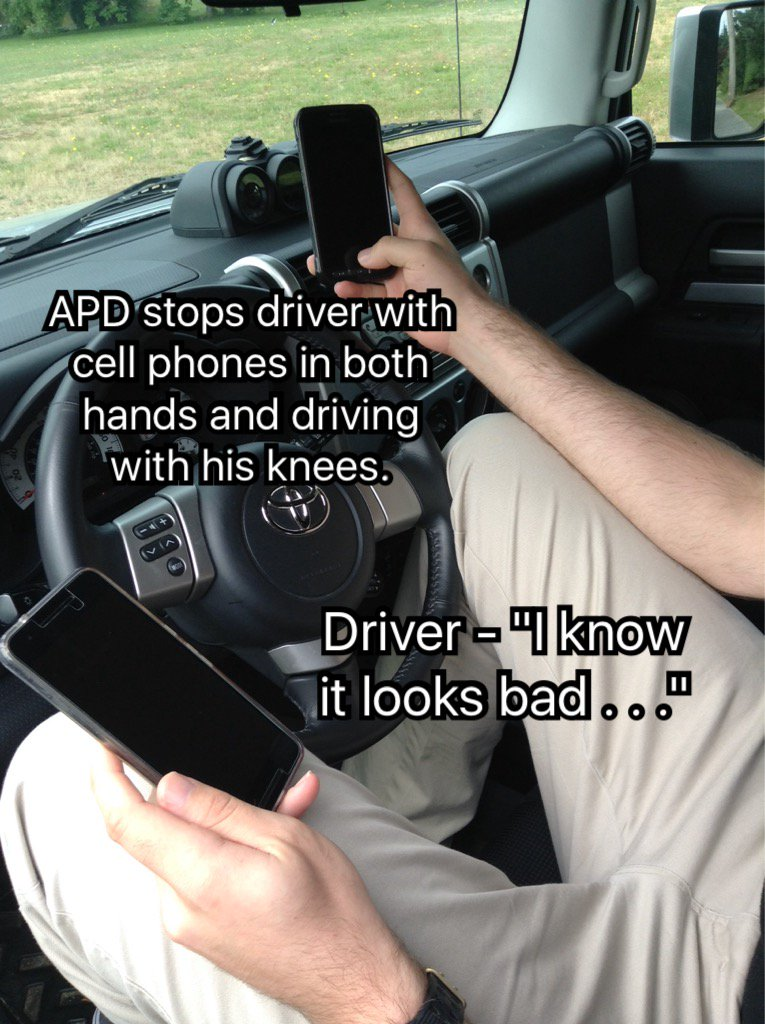 "#abbypd stops driver with cell phones in both hands and using his knees to steer & says ""I know this looks bad . . "" https://t.co/VoqPFFPAEZ"