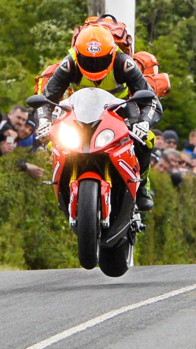 One year today since we lost the great @DocJohnHinds. His memory will live on through @AirAmbulanceNI