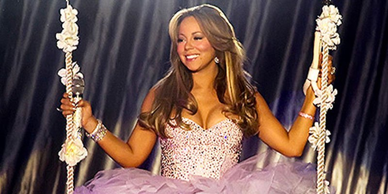 11 of Mariah Carey's most memorable performance looks, ranked