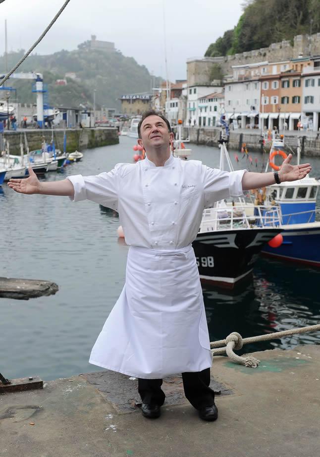 «Ser cocinero y no estar en la cocina es como ser nadador y no ver el agua» @Berasategui https://t.co/GiX8e4dt62 https://t.co/JoiOKSdDXH
