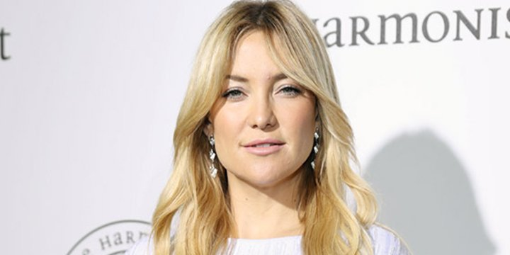 Kate Hudson celebrates America's birthday with patriotic beach wear from her Fabletics line