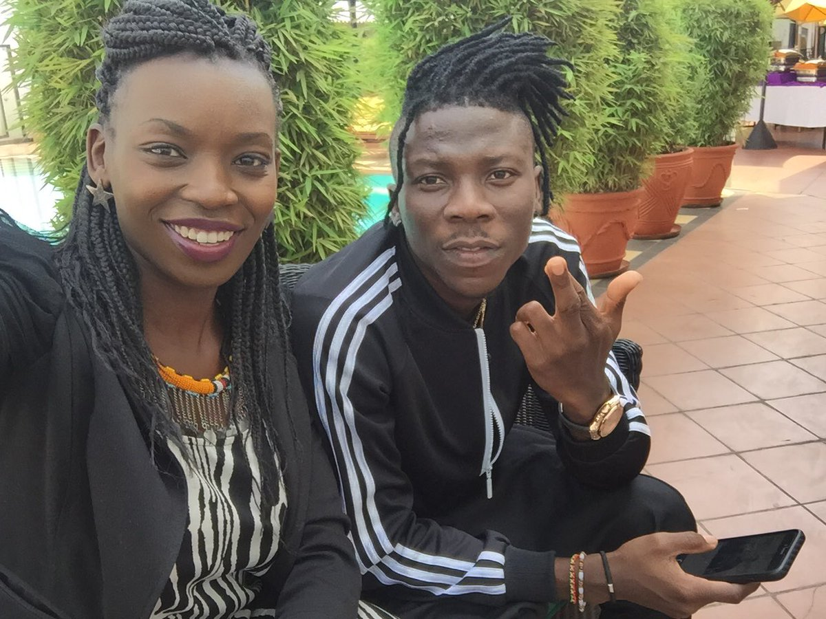 Honoured to meet and interview the amazing @stonebwoyb from Ghana today for @DStv_Kenya x @KBCChannel1 So Happy!! https://t.co/5tKhnZajWl