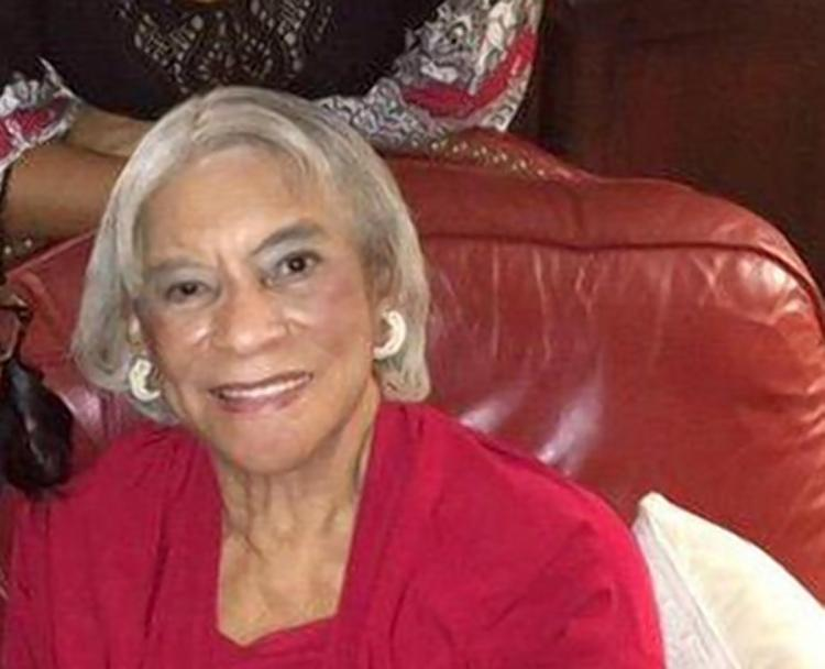 .@Candace_Parker's grandmother is missing in Illinois, and she's asking for help https://t.co/xXLX07Nc4d https://t.co/3iaQ4Yrz8G