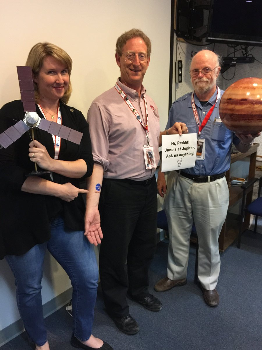 RT @NASAJuno: About last night… My team is on a @reddit_AMA answering your Qs about #Jupiter arrival. https://t.co/wQItxOhUti https://t.co/…
