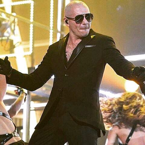 The #BadManTour starts tonight @PrinceRoyce @FarrukoPR @LiveNation https://t.co/6AefcfaY66 #Dale https://t.co/tyaS18g0Q8