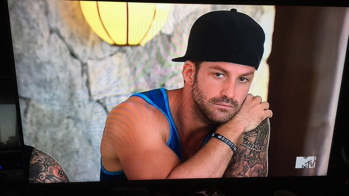 @MTVBananas love the bracelet