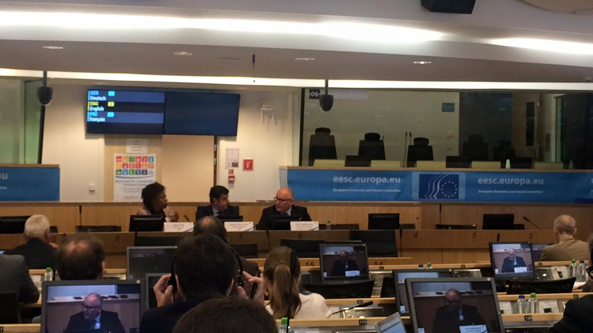 '#SDGs also mean social sustainability, we can't leave this out of Commission's plans' @TimmermansEU #GlobalGoals https://t.co/9wHBeIy47U