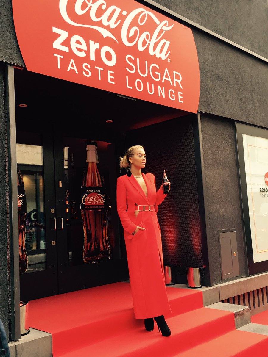 Back working with an old fav today launching Coca-Cola Zero Sugar!! Yay! @CocaCola_GB #TASTESMORELIKECOKE (spon) https://t.co/CR5EXVE3B1