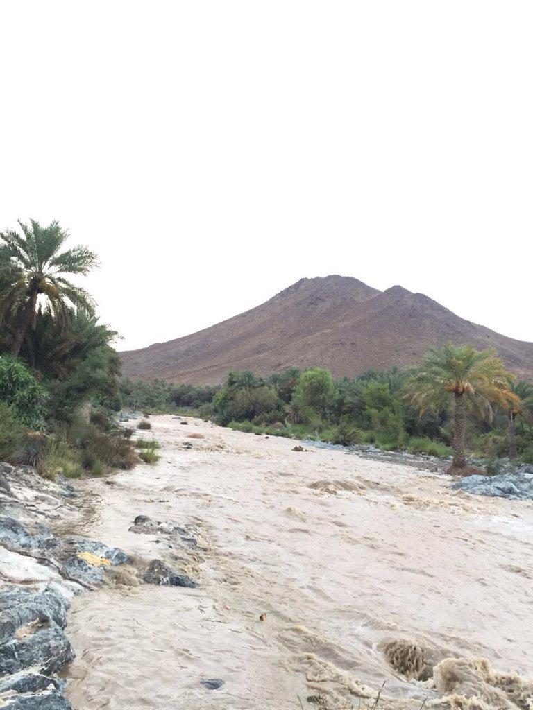 وادي سيماء إزكي جابر الرواحي #مجموعة_شتاء_ماطر #طقس_عمان https://t.co/K4COL04gbx