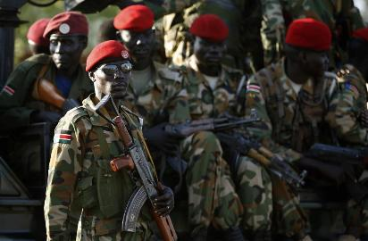 Deadly clashes between rival forces in #juba  https://t.co/xG8yKtMA54 https://t.co/3zflCgPOaZ