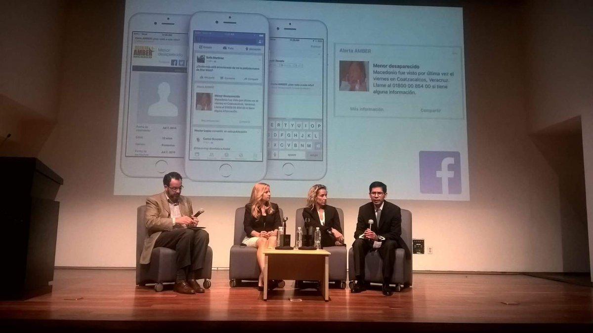 Firma del convenio entre la @PGR_mx  y nuestro socio @facebook  para el uso de la #AlertaAmber  con geolocalización. https://t.co/rq80w4nIJx