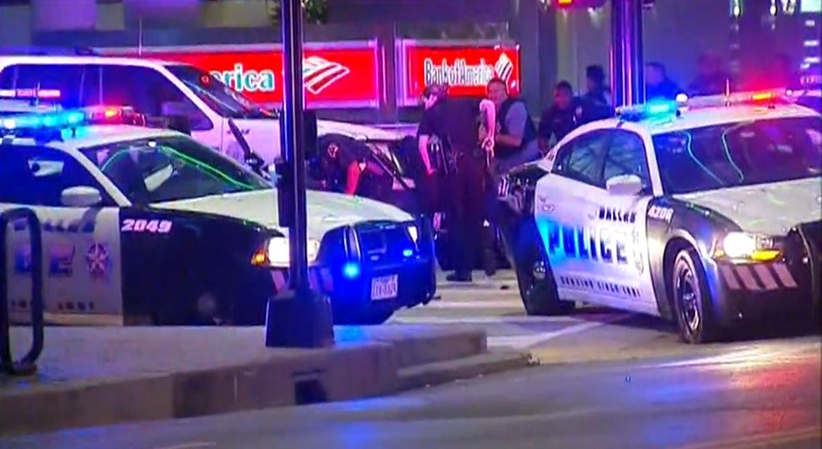 #BREAKING: Shots fired in Dallas, Texas during protest march. Possible officers down https://t.co/INbIfoIJFw https://t.co/WbTXQmmhil