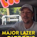 Oh hey @diplo! Reppin that new @MAJORLAZER @justinbieber #ColdWater on Snapchat today https://t.co/tFxQPrS7Bb ❄️ 🌊 https://t.co/iRHc70k0yu