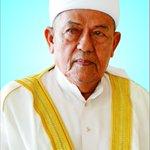 Tuan Guru Hj. Salleh telah kembali ke rahmatullah sekitar 8.15 malam tadi.  8.12.1929-22.7.2016  Moga Syurga.. https://t.co/7a3As8MlAv